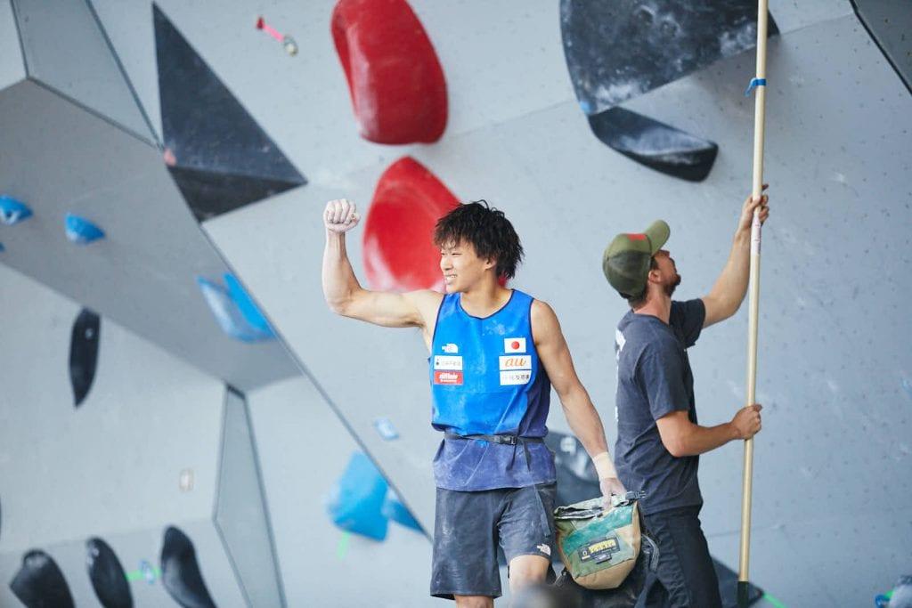 Yoshiyuki Ogata climbing the finishing route   Photo by Nic Daughtry